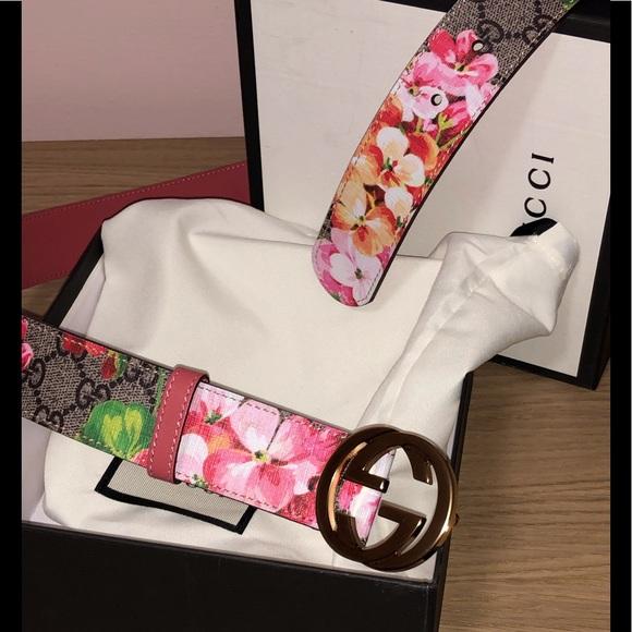 58be3f6dc1f Gucci Accessories - Authentic Gucci Blooms print gold GG belt Sz100